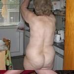 Oma Nackt In Der Küche